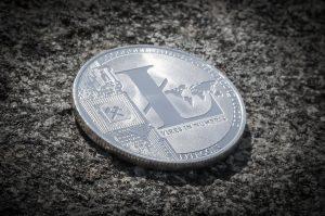 Mit dem Bot Bitcoin Revolution Altcoins handeln